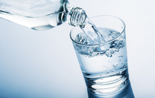 Picie wody w czasie upałów
