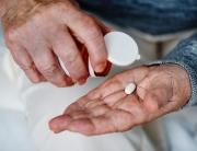 opieka-nad-seniorem-chorym-psychicznie-co-warto-wiedziec